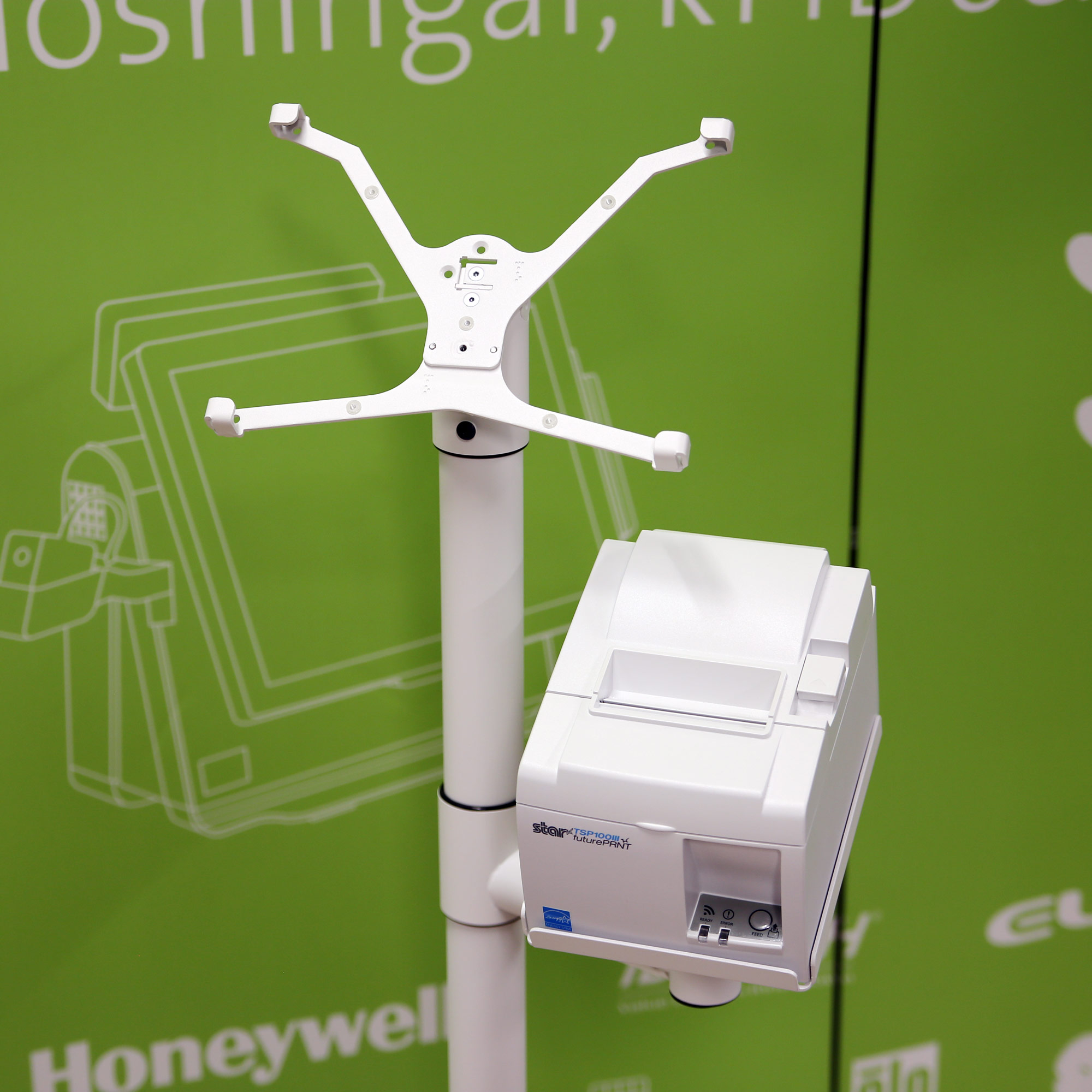 X-Frame på 1 000 mm golvstolpe med en extra skrivare