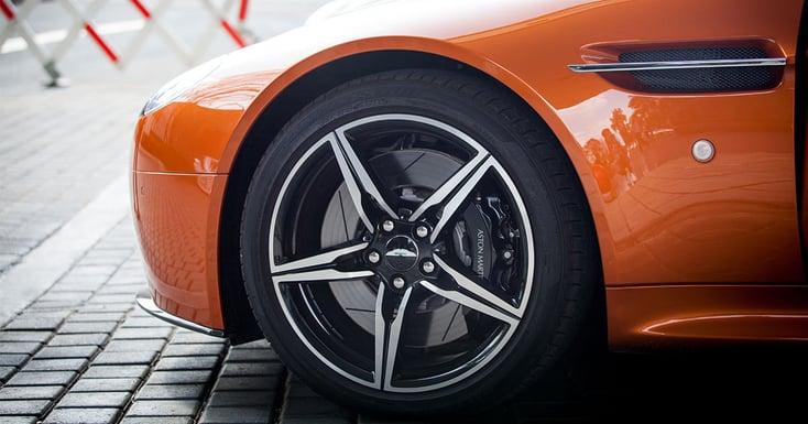 Håll koll på dina däck med rätt etikett