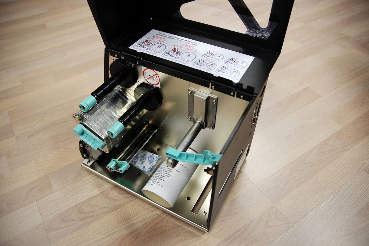 Godex ZX420i med öppen sida